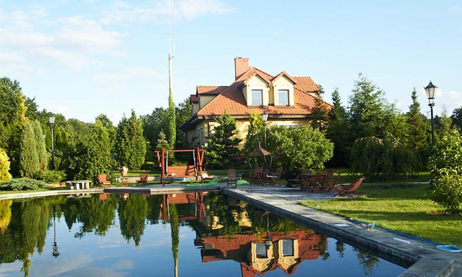 Pensjonat z jeziorem i wyjątkowym ogrodem botanicznym_3