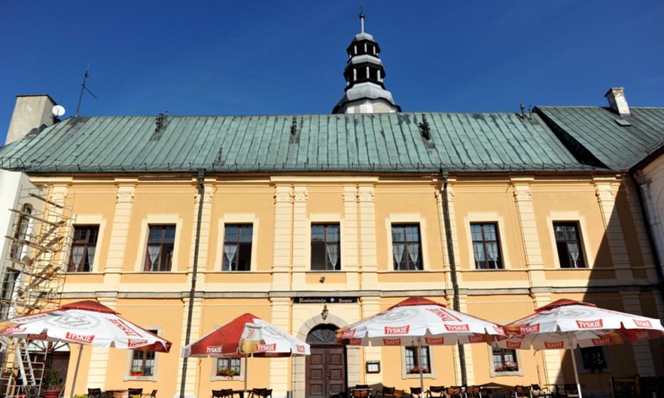 Zespół zamkowo-pałacowy z pozwoleniem na budowę - Międzylesie_2