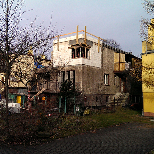 2014-12 - Kwiska - budynek nadbudowany (ikona)